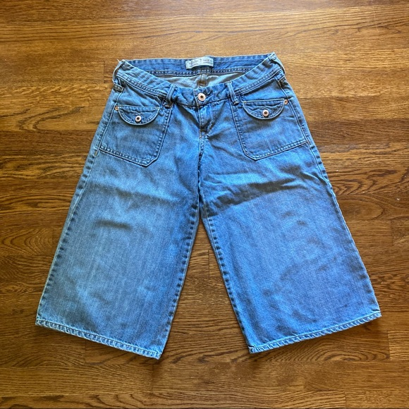Old Navy Lowest Rise Jean Short, 2